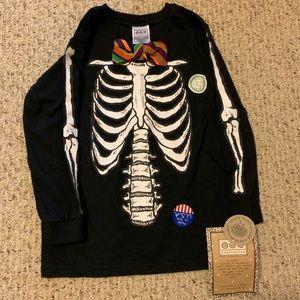 Halloween NWT super cute Skelton shirt Boutique